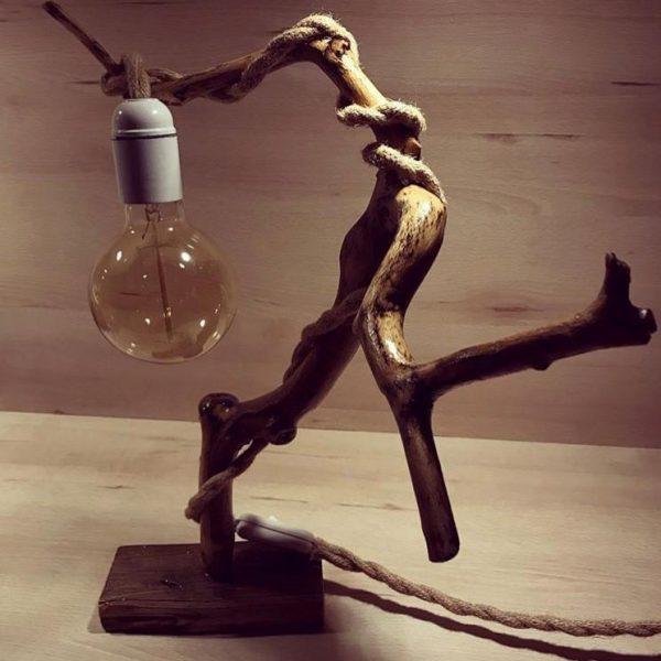 """""""Lampada in ramo di faggio"""" di Silvia's woodlamp"""
