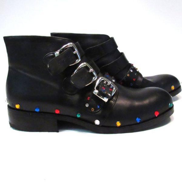 """Scarponcino per donna modello """"Rock"""" del calzaturificio Le Mastro"""