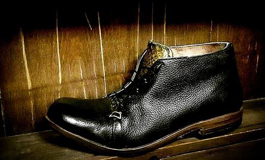"""Scarponcino """"Snake"""" del calzaturificio S.O.S Scarpa di Matteo Ferri"""